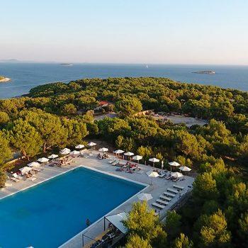 Insel mieten Kroatien Incentivereisen Corporate Island Resort Pool Bar