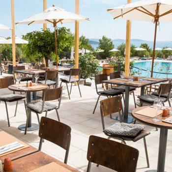 Insel mieten Kroatien Incentivereisen Firmenevent Firmenreisen Restaurantterrasse
